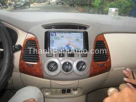 Thanhbinhauto Long Biên_684 Nguyễn Văn Cừ_DVD liền màn hình tích hợp GPS Vietmap
