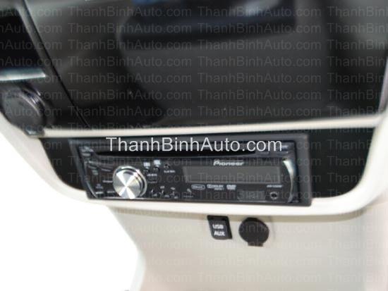 Màn hình dvd cho Toyota Siena - Pioneer DVH-3250UB