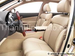 Bọc ghế da thật Singapo xe 5 chỗ-684 Nguyễn Văn Cừ-Long Biên